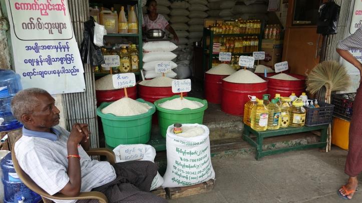 10 myanmar kuvituskuva Yangon riisi